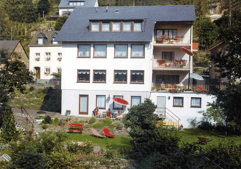 """""""Haus am Ehrbach"""" Ferienwohnungen"""