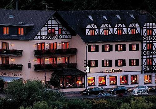 loef_hotel-traube
